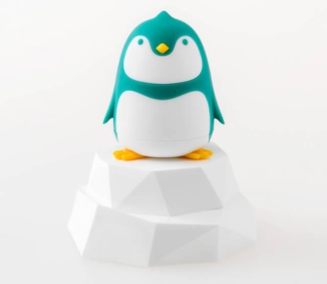 Pinguin Schraubendreher auf Eisscholle Türkis