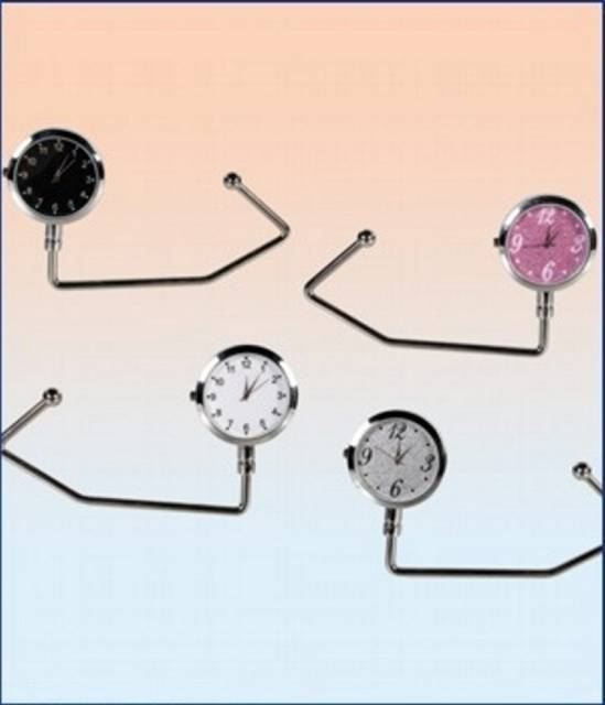 Taschenhalter mit Uhr
